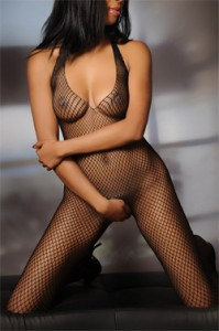 ANGEL – GORGEOUS BLACK INDEPENDENT ESCORT IS LEAVING LONDON