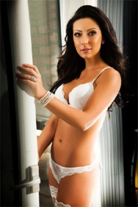NICOLE – SULTRY HIGH CLASS LONDON ESCORT