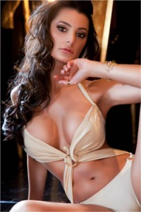 LAURA MORAES – BEAUTIFUL BRUNETTE INDEPENDENT ESCORT