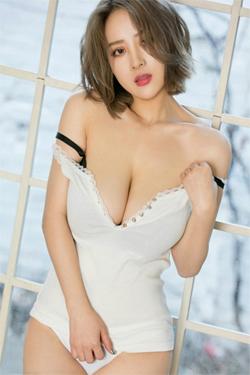 Nadia - Asian Escort Babes - Mature  Escort of the month